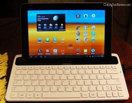 galaxy tab 8 9 keyboard dock review
